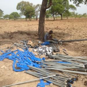 Irrigatiemateriaal in elkaar zetten